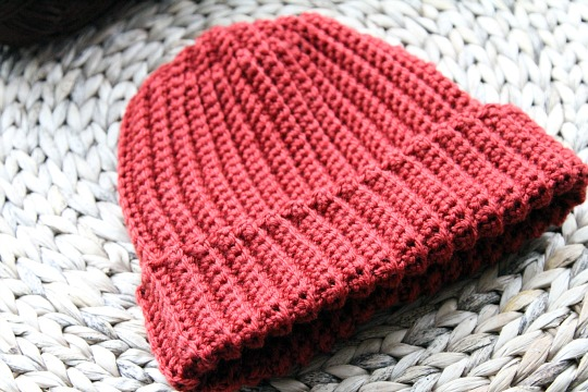 Free Crochet Patterns For Beginners : crochet hat pattern men s unisex beginner ribbed crochet hat pattern